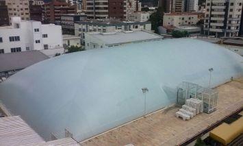 Piscina Olímpica com cobertura inflável (bolha)