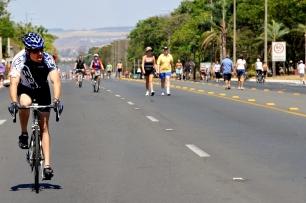 Caminhadas e andar de bicicleta fazem bem para o saúde, corpo e mente
